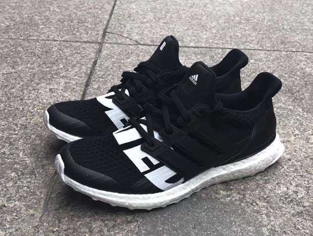 UNDEFEATED x ADIDAS ULTRABOOST