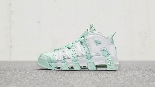 WMNS NIKE AIR MORE UPTEMPO BARELY GREEN