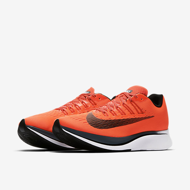NIKE ZOOM FLY BRIGHT CRIMSON