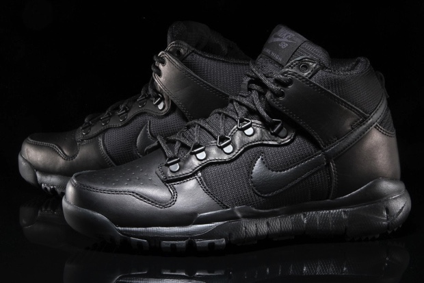 NIKE SB DUNK HIGH BOOT 536182-001