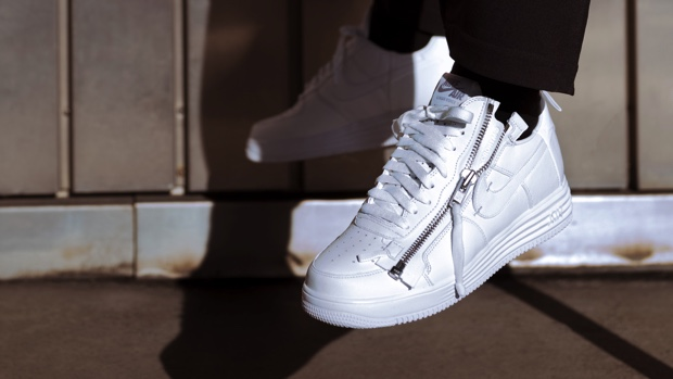 NIKE AIR FORCE 100 COLLECTION