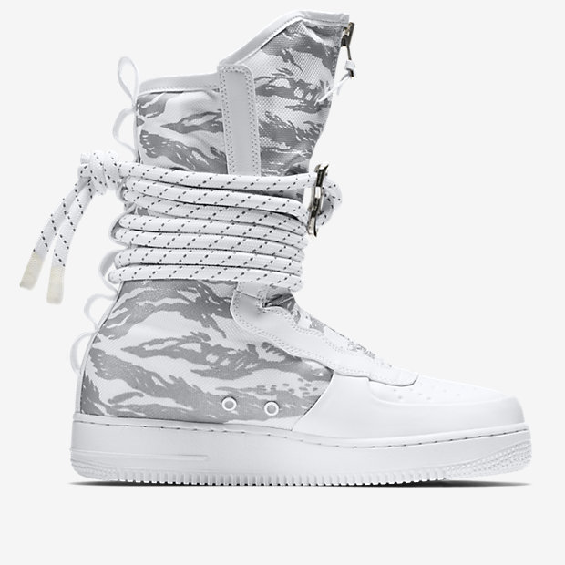 NIKE-SPECIAL-FIELD-AIR-FORCE-1-HIGH AA1130_100