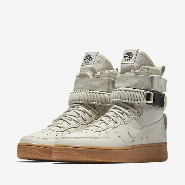 WMNS-NIKE-SPECIAL-FIELD-AIR-FORCE-1 857872-004