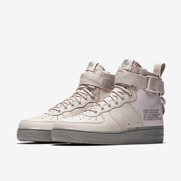WMNS-NIKE-SPECIAL-FIELD-AIR-FORCE-1 AA3966-600