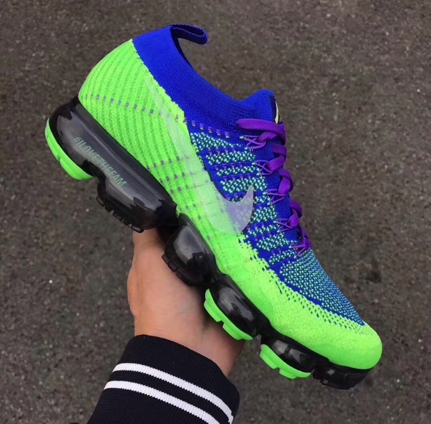 NIKE AIR VAPORMAX DOERNBECHER