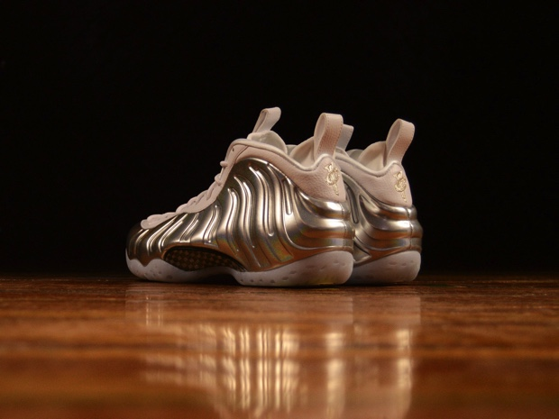 AIR FOAMPOSITE ONE AA3963-100