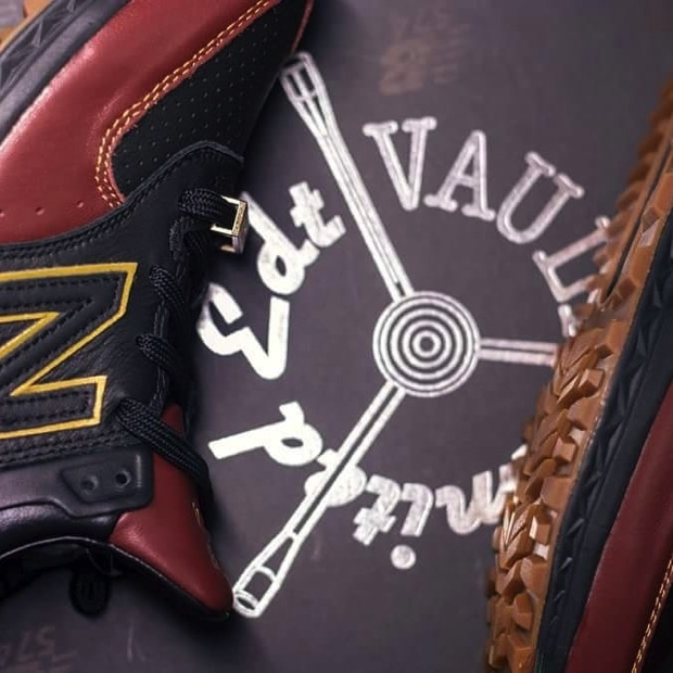 LIMITED EDT VAULT x NEW BALANCE 574 SPORT