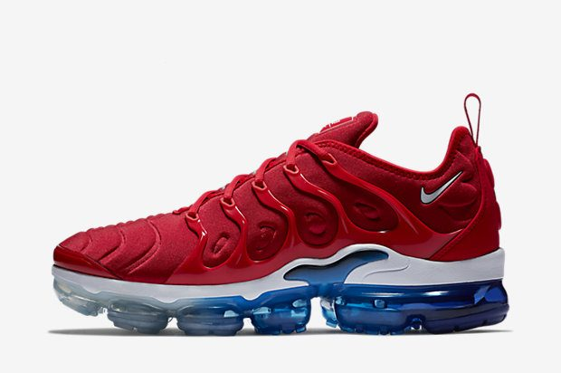 NIKE-AIR VAPORMAX-PLUS 924453-601