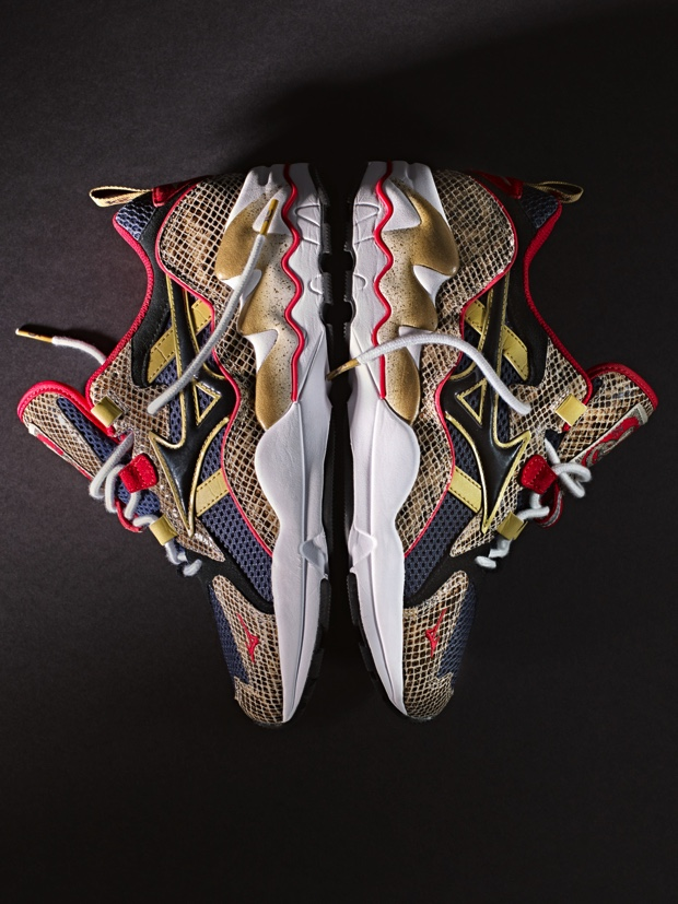 24 KILATES x MIZUNO WAVE RIDER 1 KING KOBRA