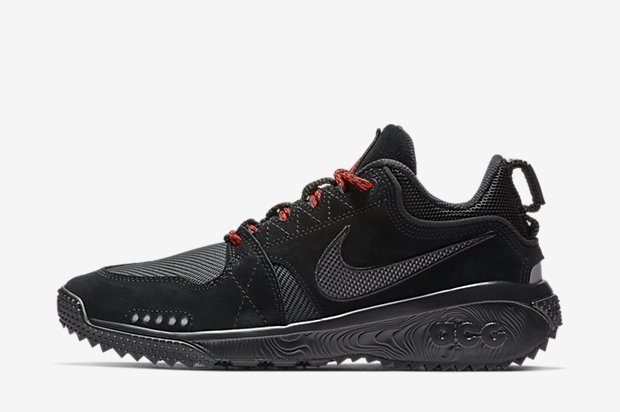 NIKE-ACG-DOG-MOUNTAIN AQ0916-003