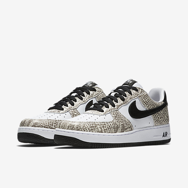 NIKE-AIR-FORCE-1-LOW 845053-104