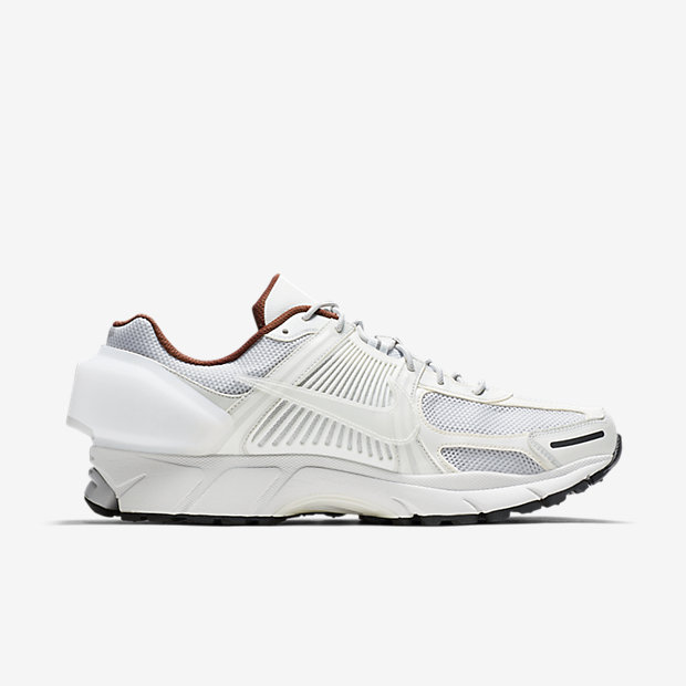 NIKE-ZOOM-VOMELO-5-ACW AT3152-100