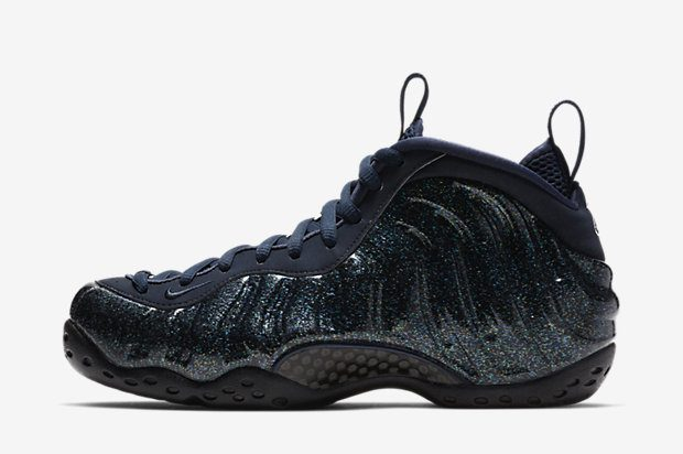 WMNS-NIKE-AIR-FOAMPOSITE-ONE AA3963-400