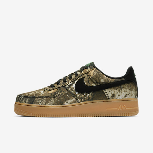 NIKE-AIR-FORCE-1-07-LV8 AO2441-001