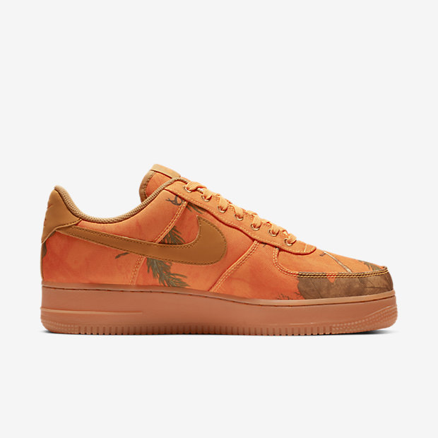 NIKE-AIR-FORCE-1-07-LV8 AO2441-800