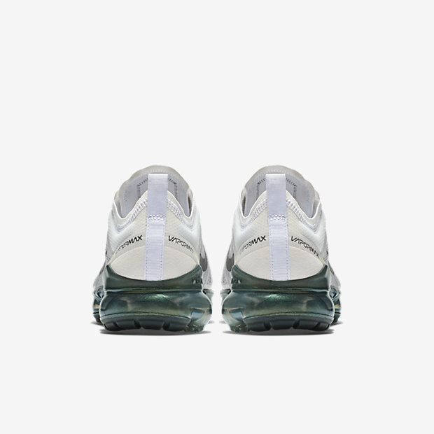 NIKE-AIR-VAPORMAX-2019 AT6810-100