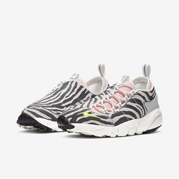 WMNS-AIR-FOOTSCAPE-OLIVIA-KIM CK3321-100